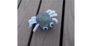 Läs mer om artikeln Halloweenpyssel för de små. DEGSPINDEL